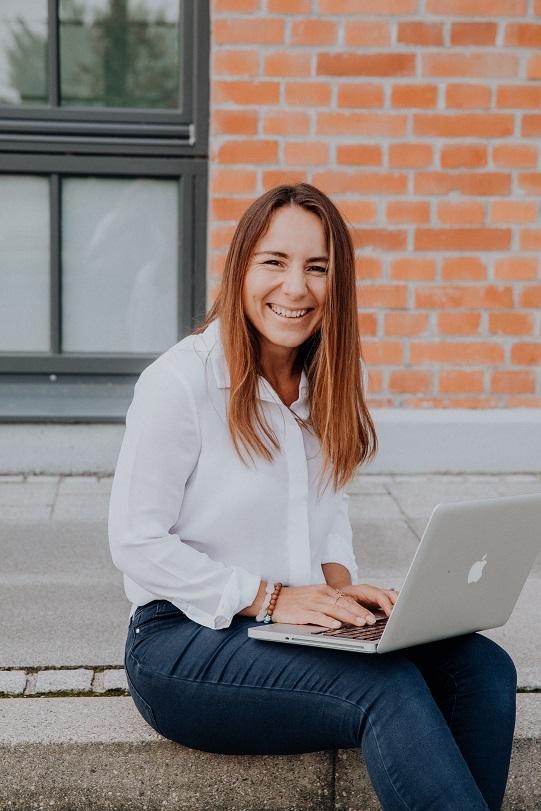 Nicole Fromhold Coaching